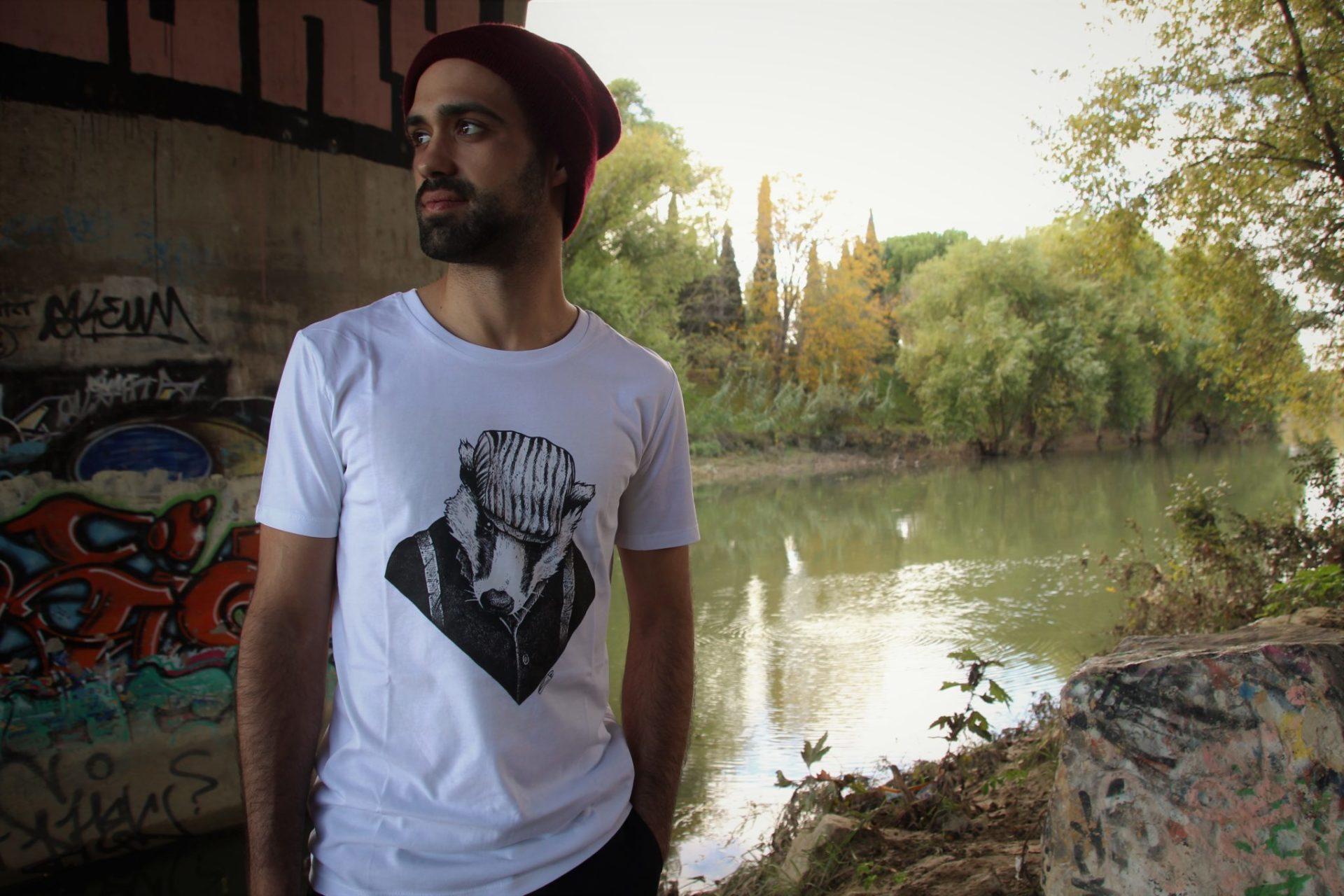 T-shirt artistes design